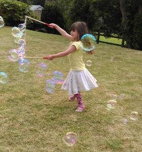 Bethan bubbles crop